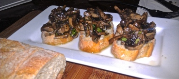 roasted mushroom crostini - photo courtesy of The Harrises of Chicago