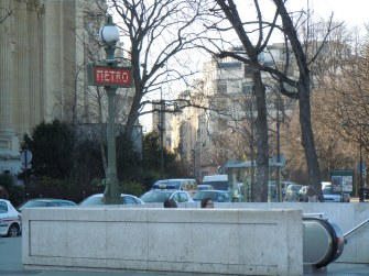 metro | paris | photo courtesy of The Harrises of Chicago
