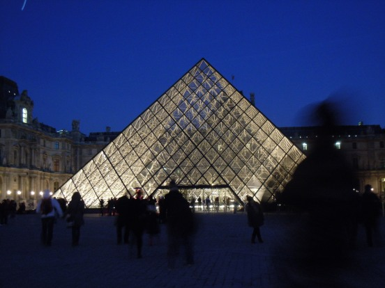 louvre | photo courtesy of The Harrises of Chicago