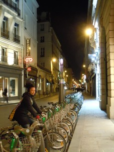 bicycle for rent | paris | photo courtesy of The Harrises of Chicago